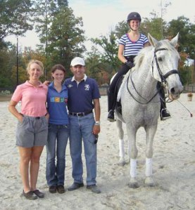 Elizabeth, Alison Coyle, Dr. Cesar Parra, and Catie Wiener on Jonson during the clinic in November at VHF